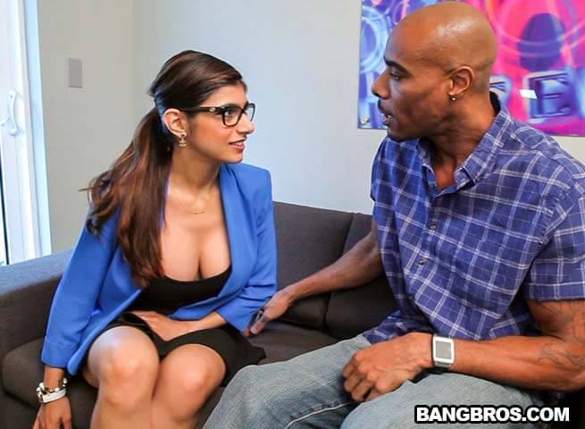 Mia Khalifa Ready For Black Dick , filme porno , interasial , 2015 , hd , filme porno online , muie , pizda stramta , orgasm , negri cu pula foarte mare , cur , fete tinere , femei mature , sex oral , sex anal ,