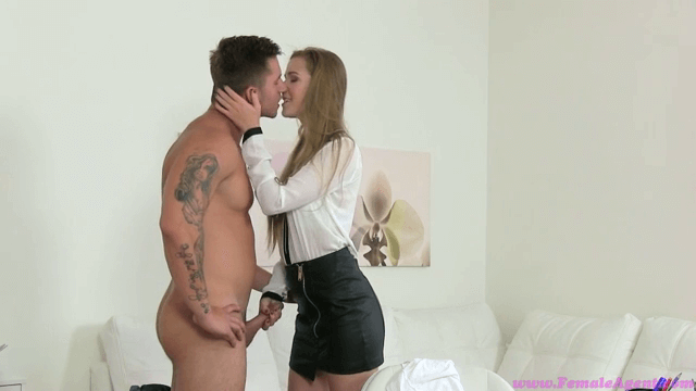 Filme porno online , Female Agent , full HD , 2015 , fete tinere , blonda , pula mare , muie , pizda , cur , casting porno , misionar , umeri craci , pe la spate , capra , sex , oral , anal ,