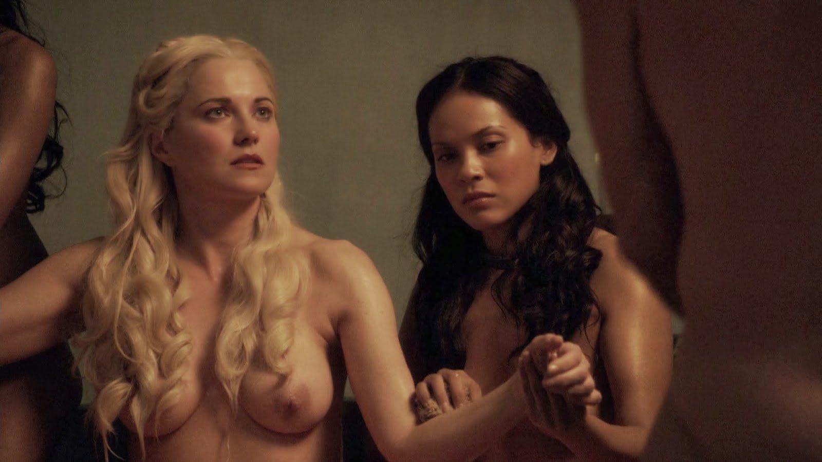 Top 10 scene de sex din serialul Spartacus un porno bun . 4
