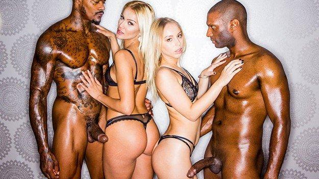 Filme pentru adulti cu doua blonde futute de negri . 1